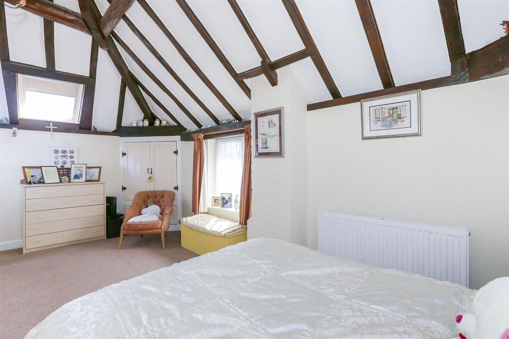 3 bed barn-conversion for sale in Hagley 10