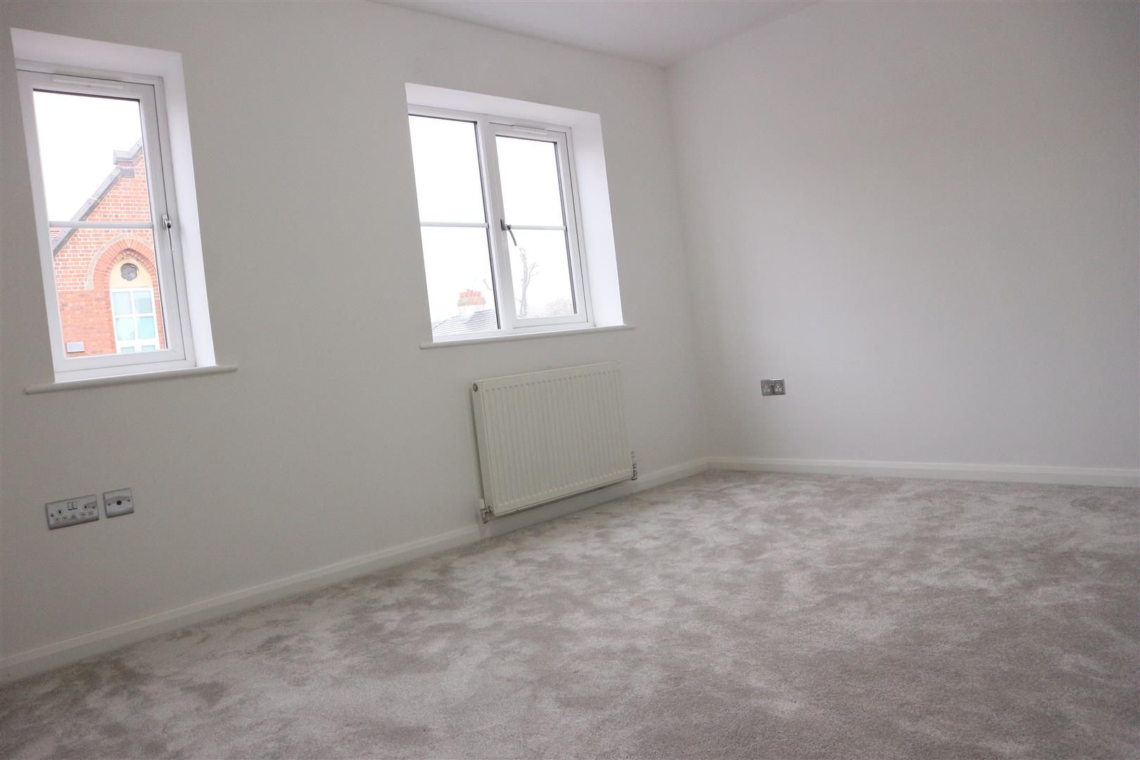 3 bed semi-detached for sale in Netherton  - Property Image 7