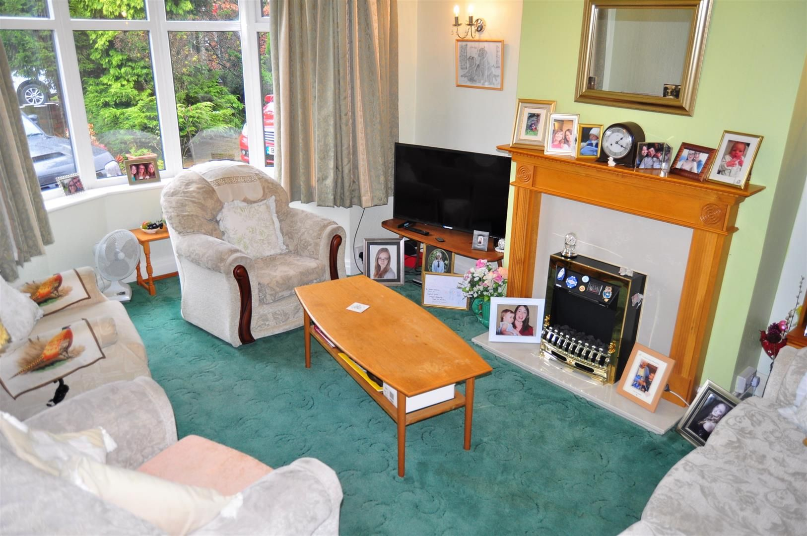 3 bed semi-detached for sale  - Property Image 2