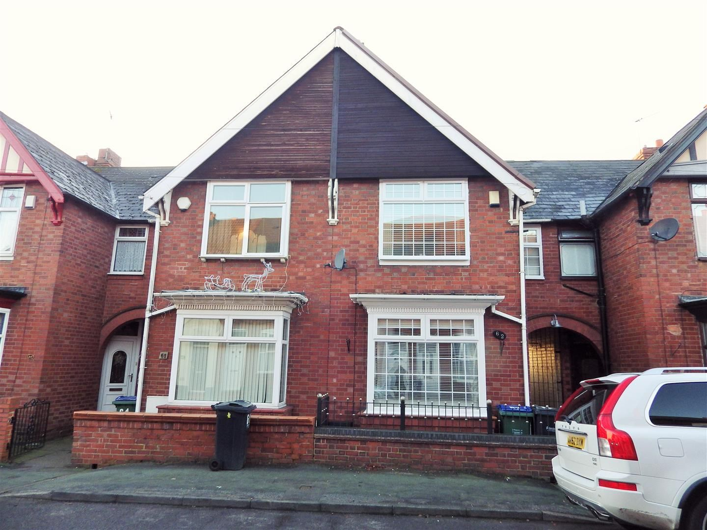4 bed terraced for sale, B65