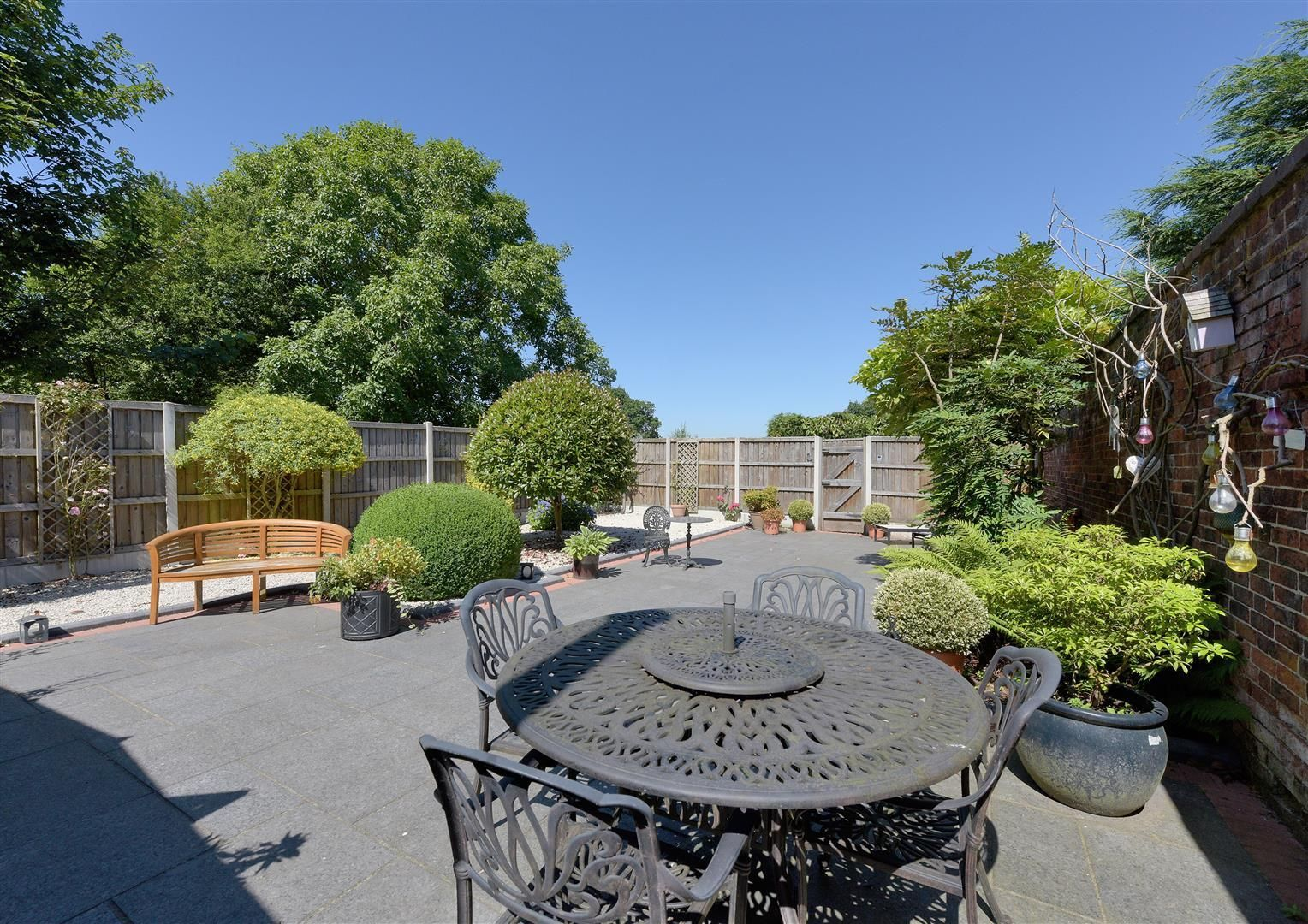 3 bed house for sale in Hagley 20