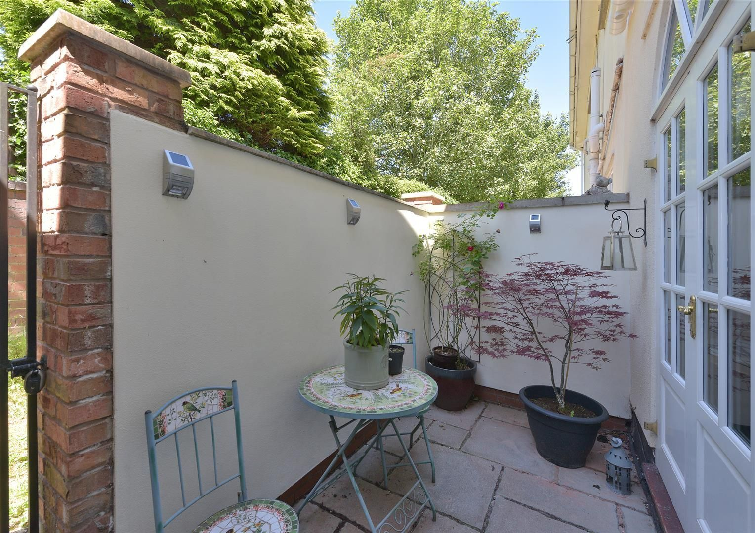 3 bed house for sale in Hagley 24