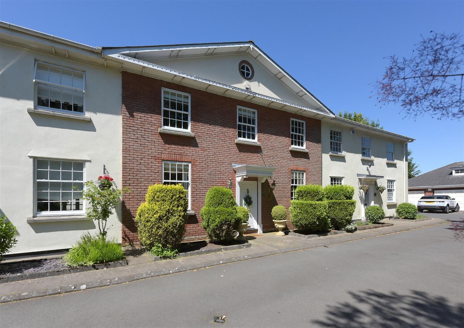 3 bed house for sale in Hagley 26
