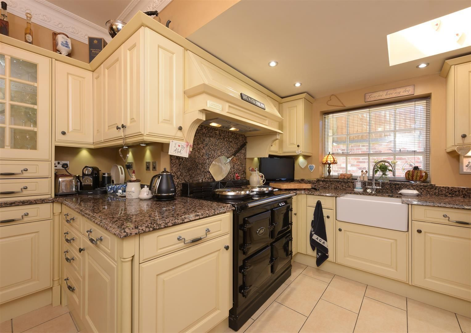 3 bed house for sale in Hagley 8