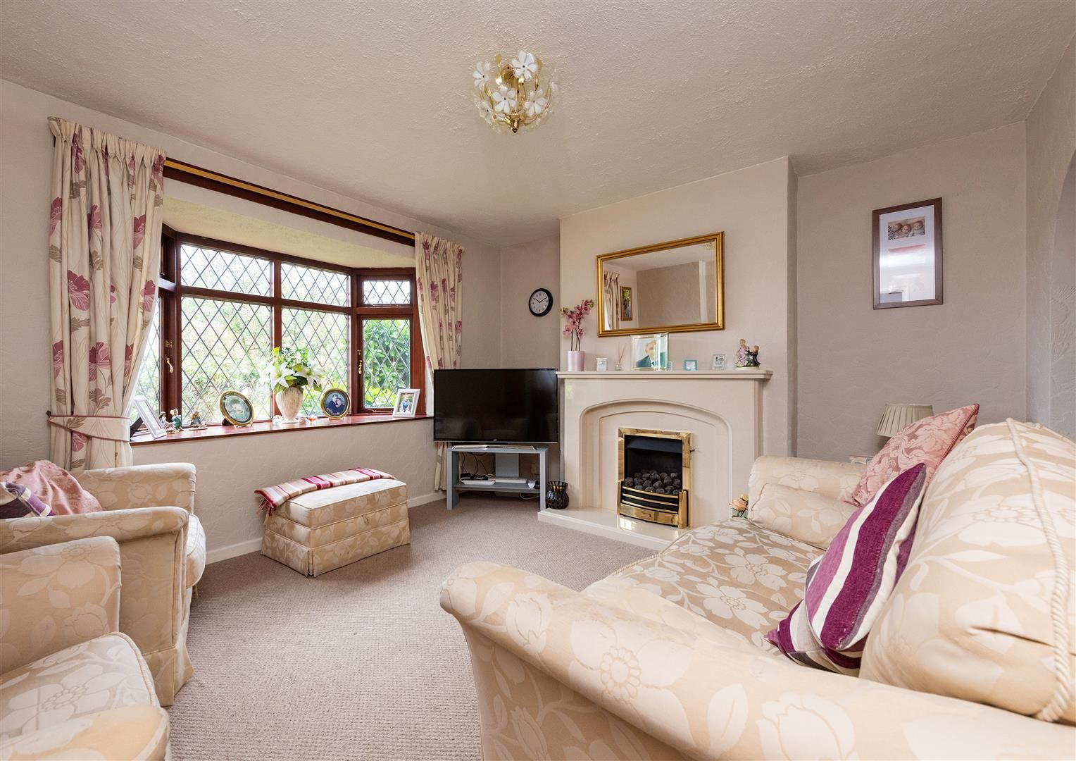 3 bed house for sale in Belbroughton 2
