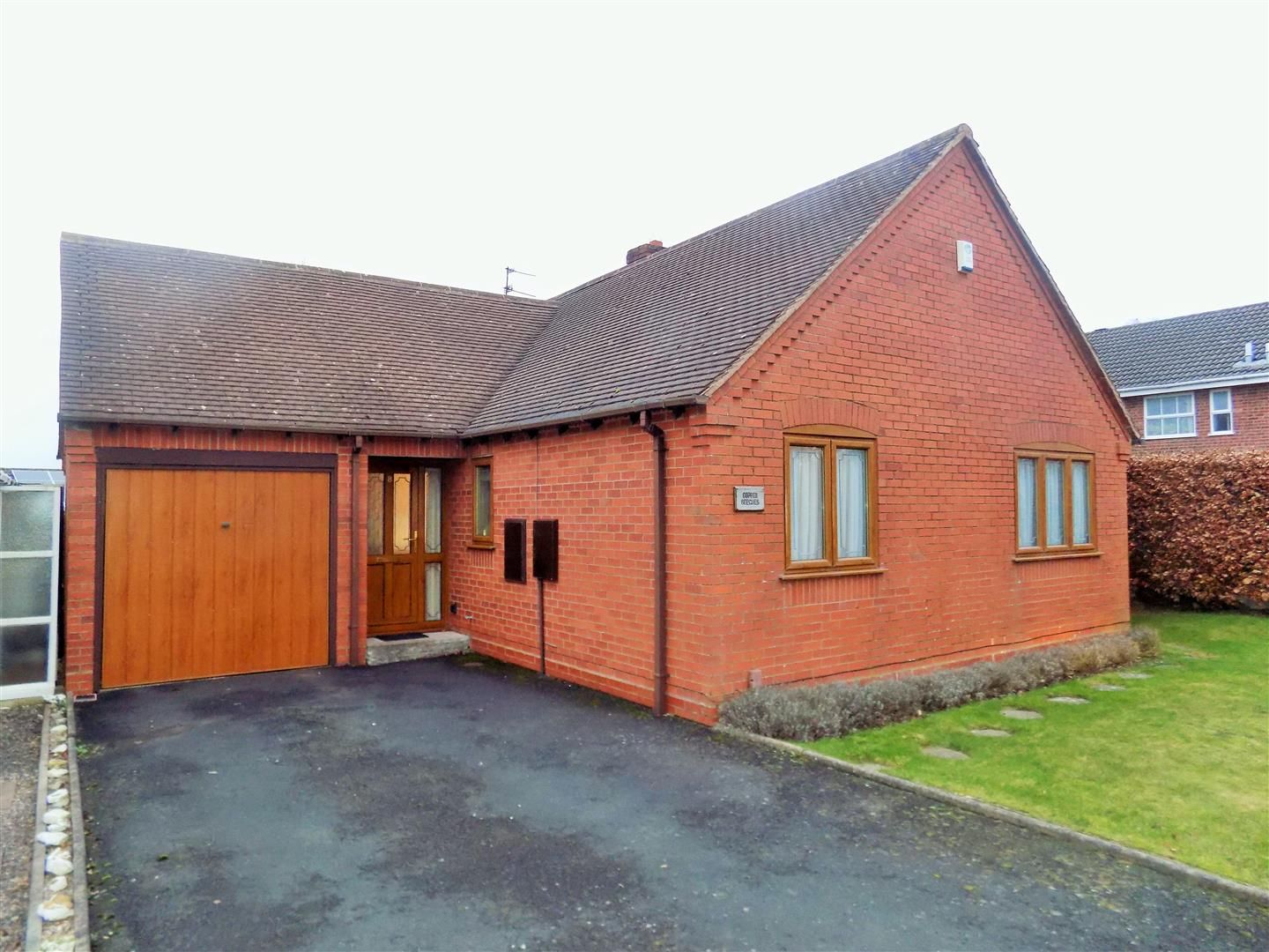 2 bed detached-bungalow for sale, B63