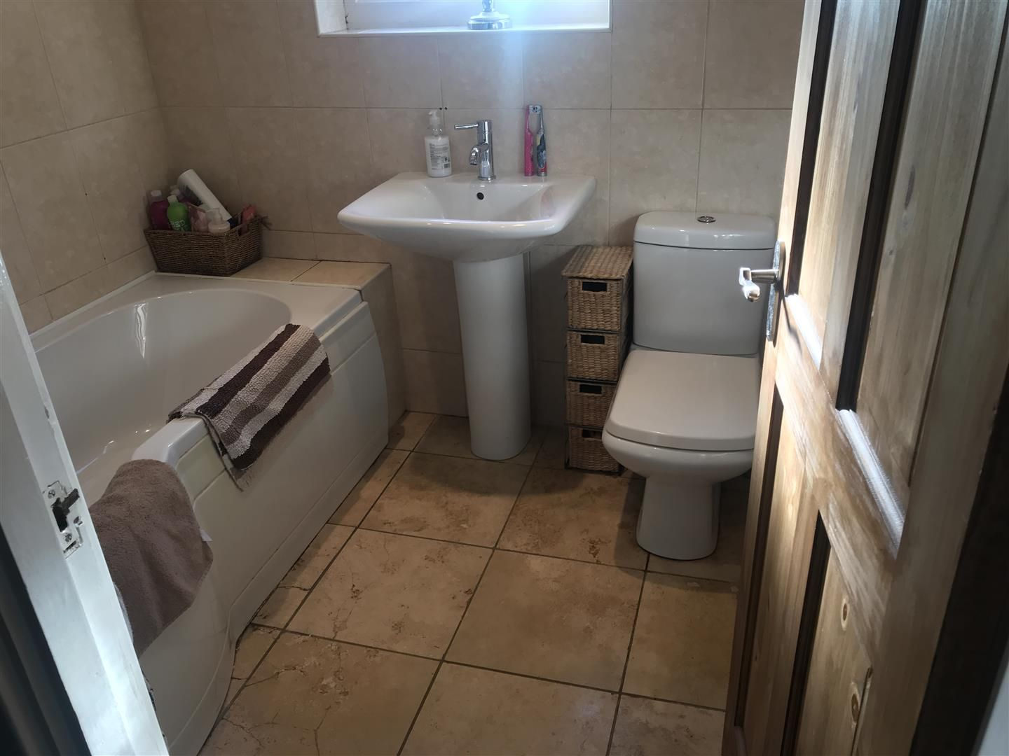 3 bed terraced for sale 11