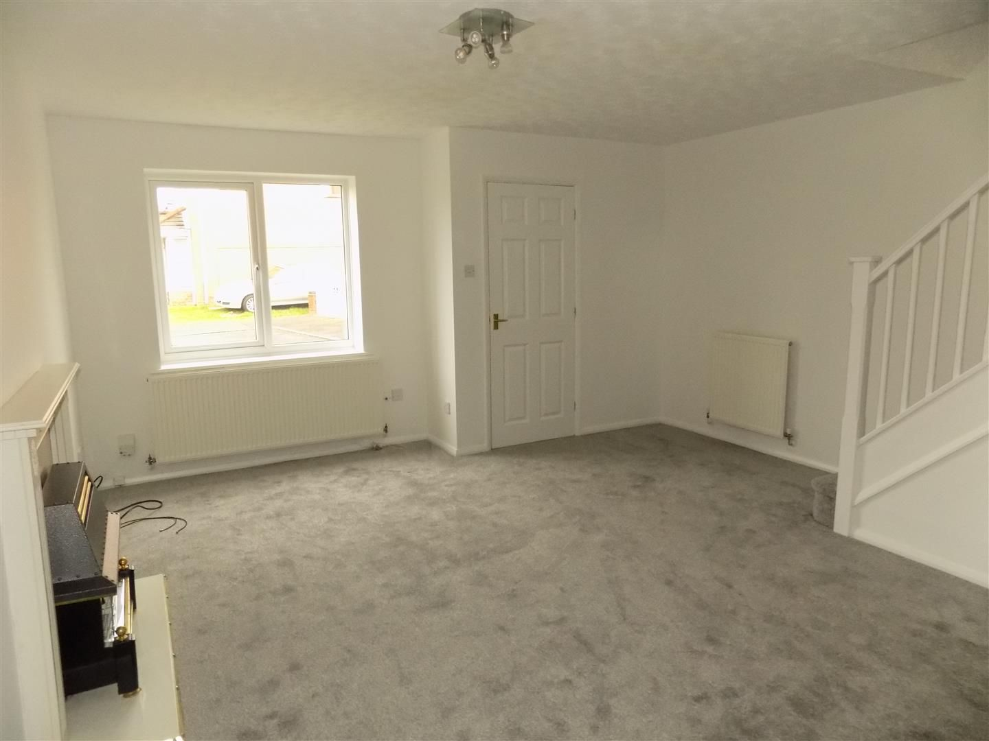 3 bed detached for sale 2