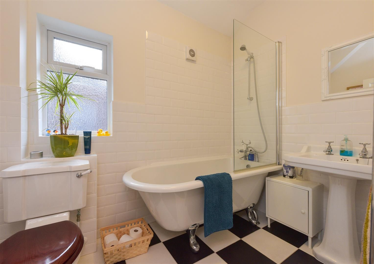 4 bed town-house for sale in Amblecote 20