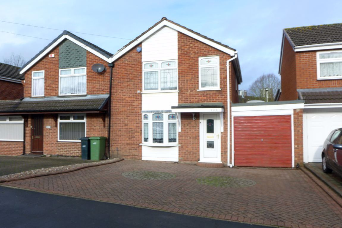 3 bed  to rent in Brierley Hill, DY5