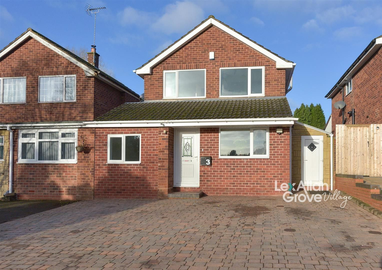 4 bed link-detached-house for sale in Hagley, DY9