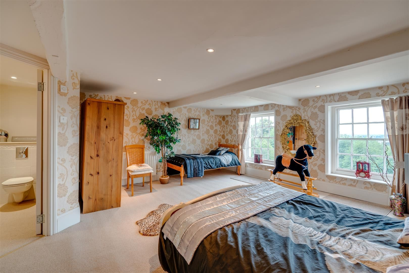 7 bed house for sale in Wolverley  - Property Image 14