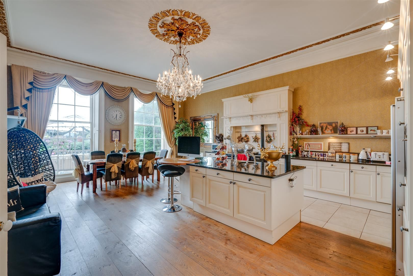 7 bed house for sale in Wolverley  - Property Image 9