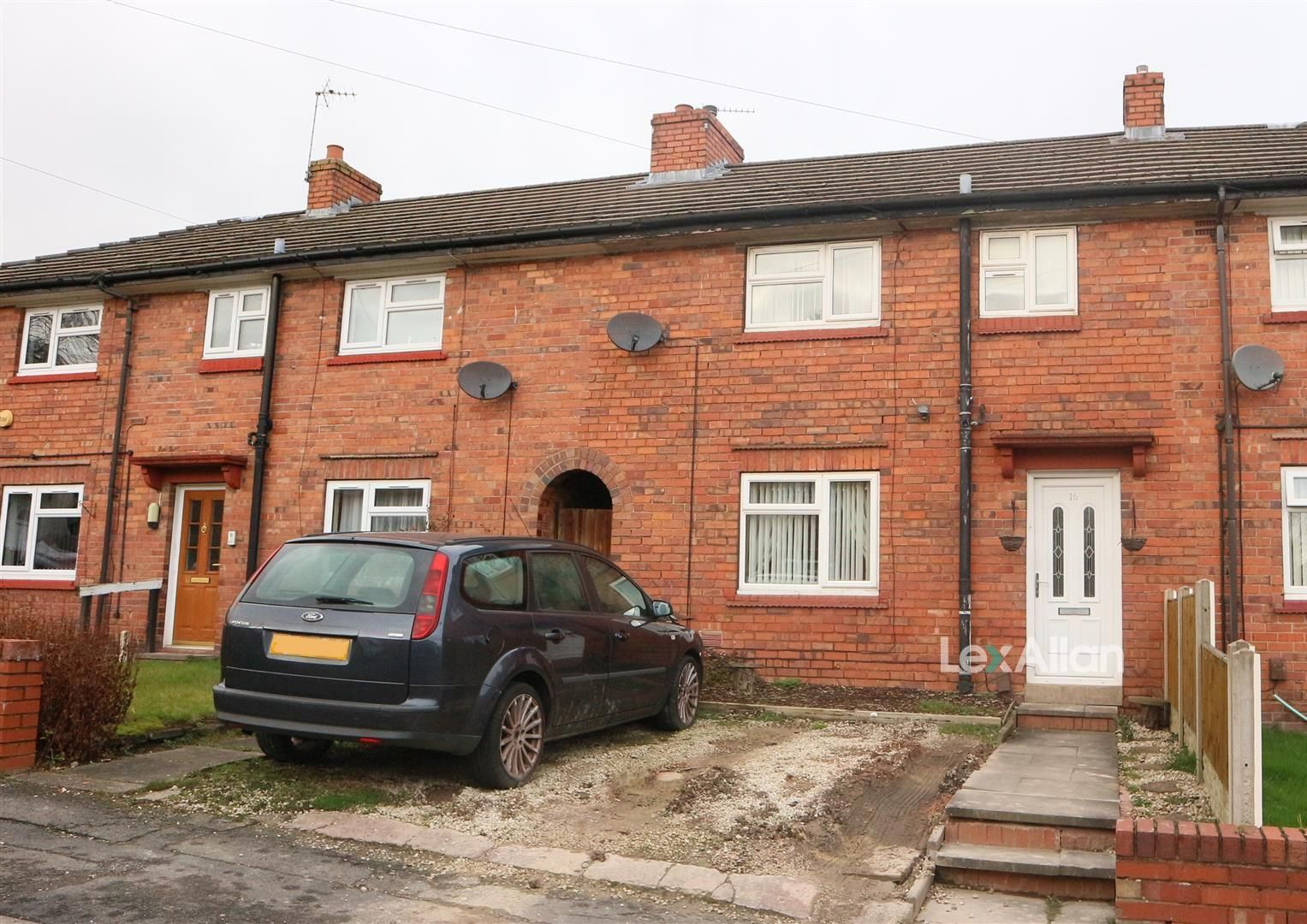 3 bed terraced for sale, DY1