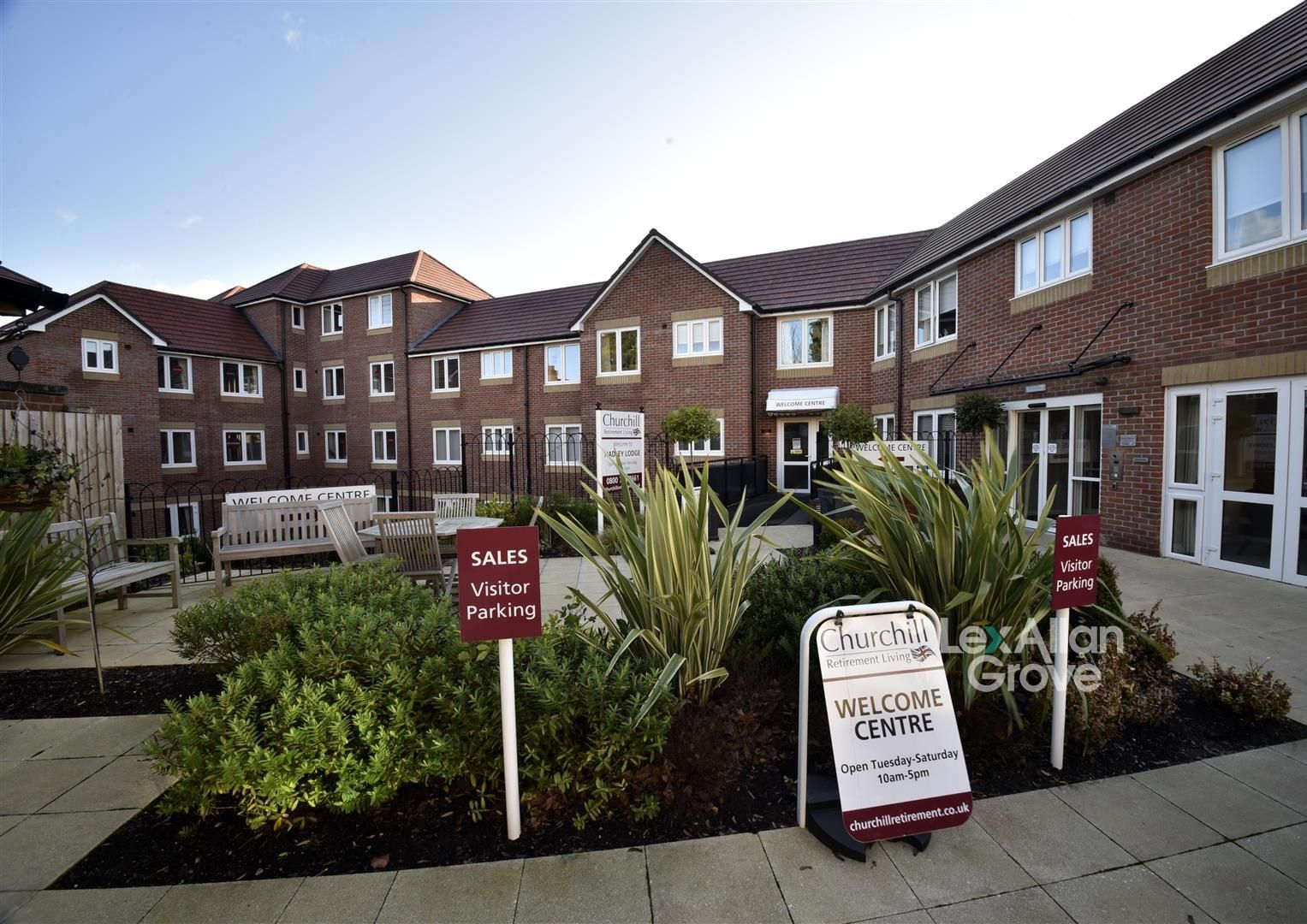 1 bed apartment for sale, B32