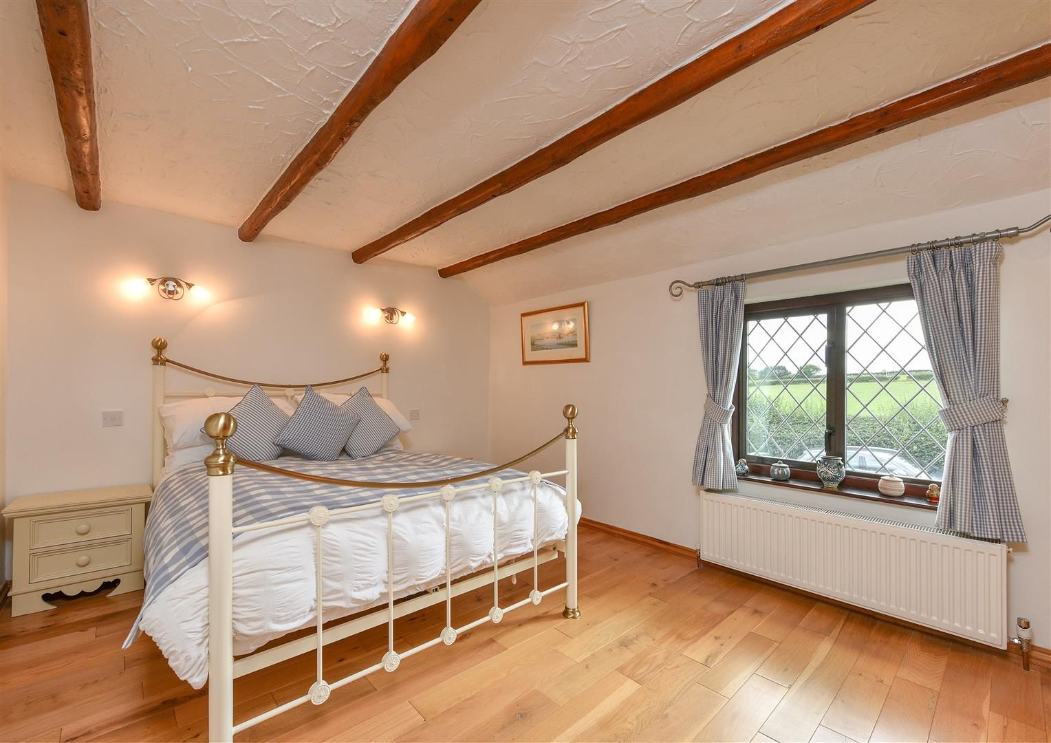 4 bed detached for sale in Romsley 15