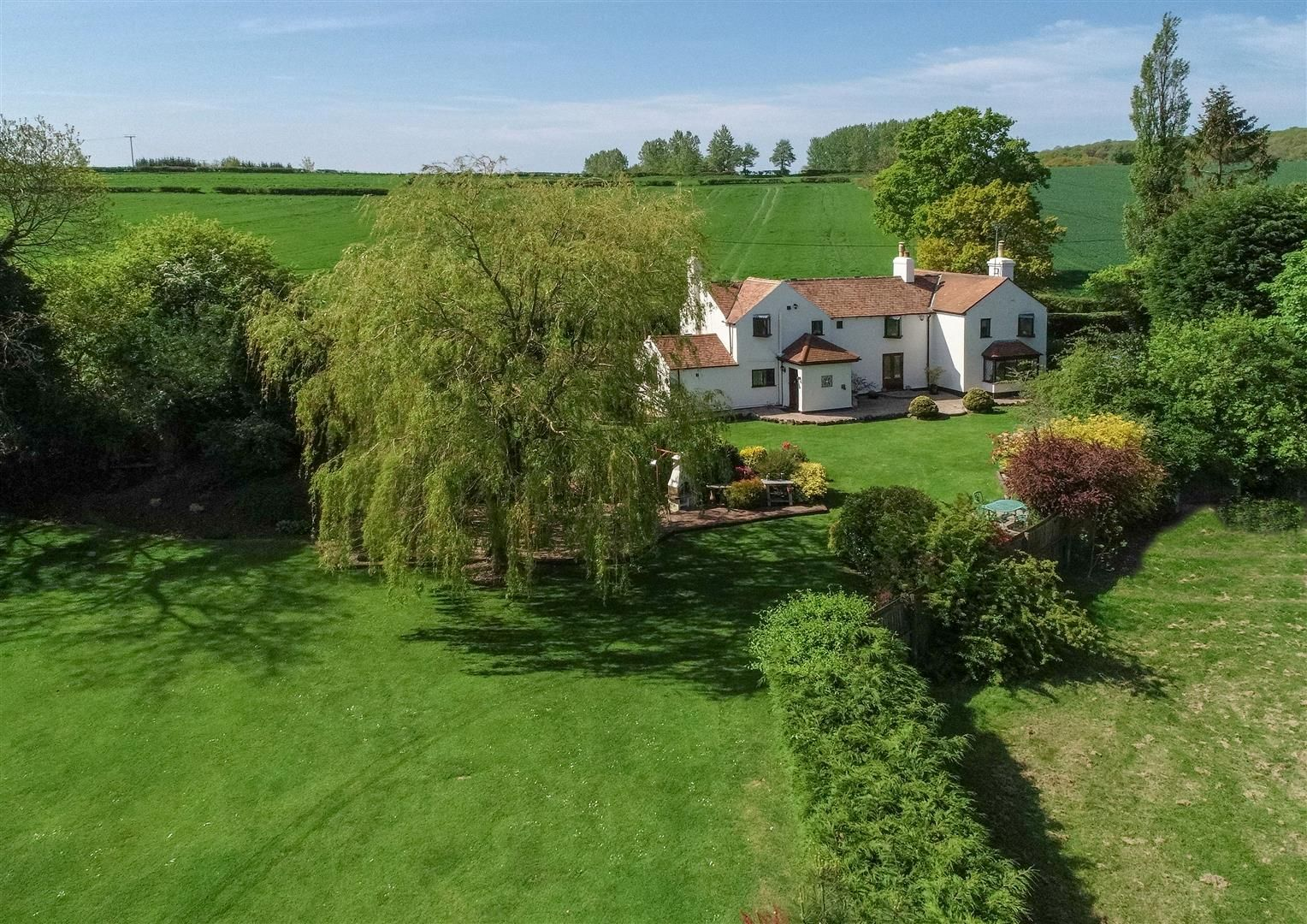 4 bed detached for sale in Romsley 28