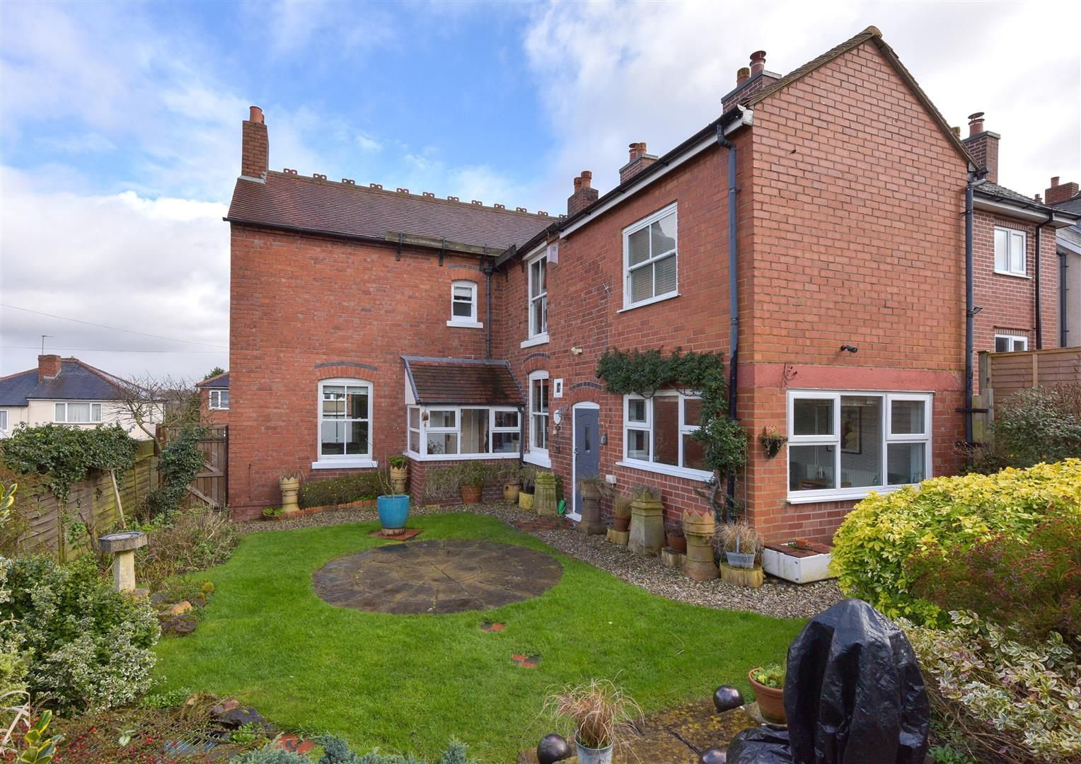 3 bed detached for sale 19