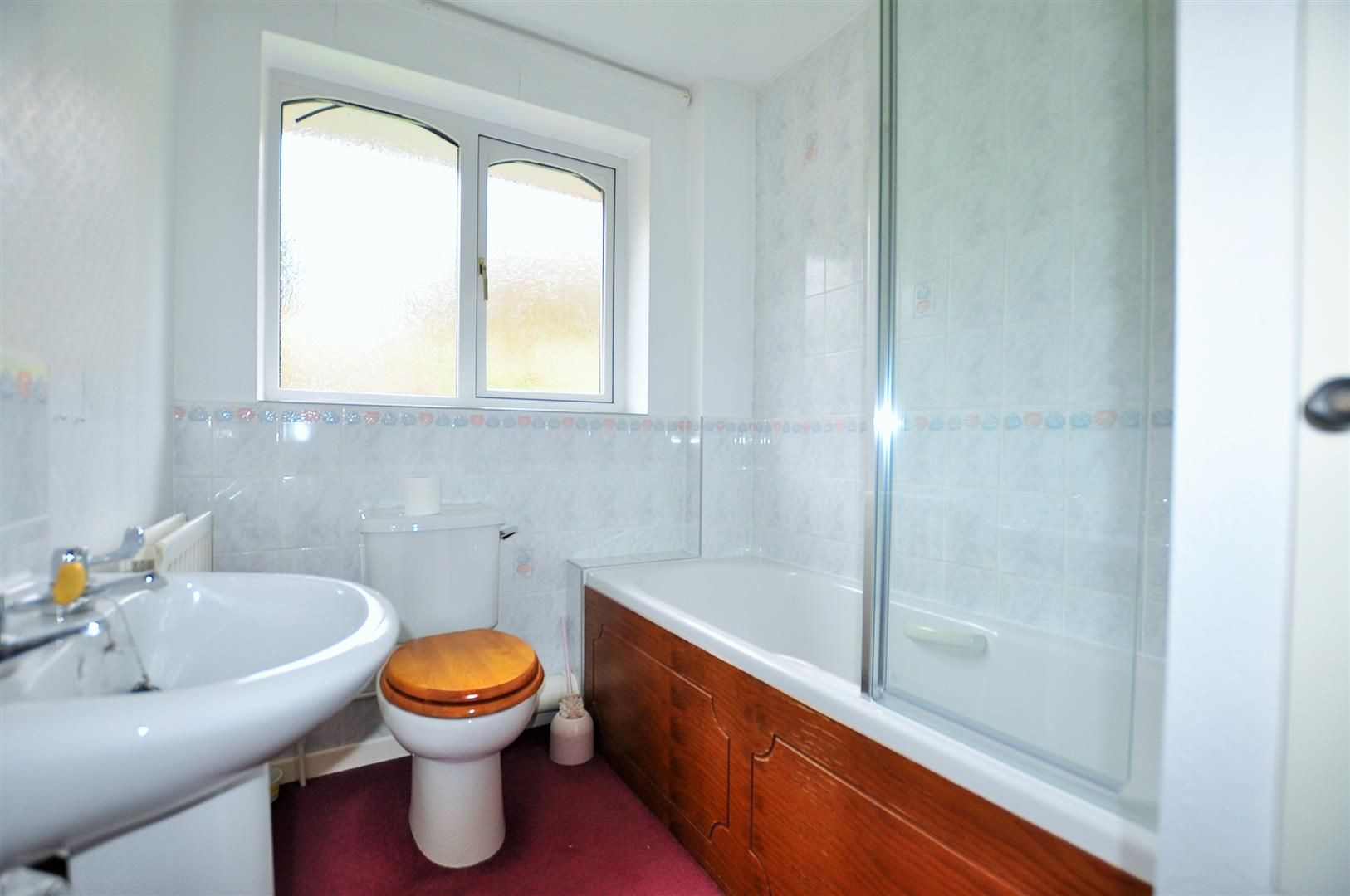 3 bed semi-detached for sale 10