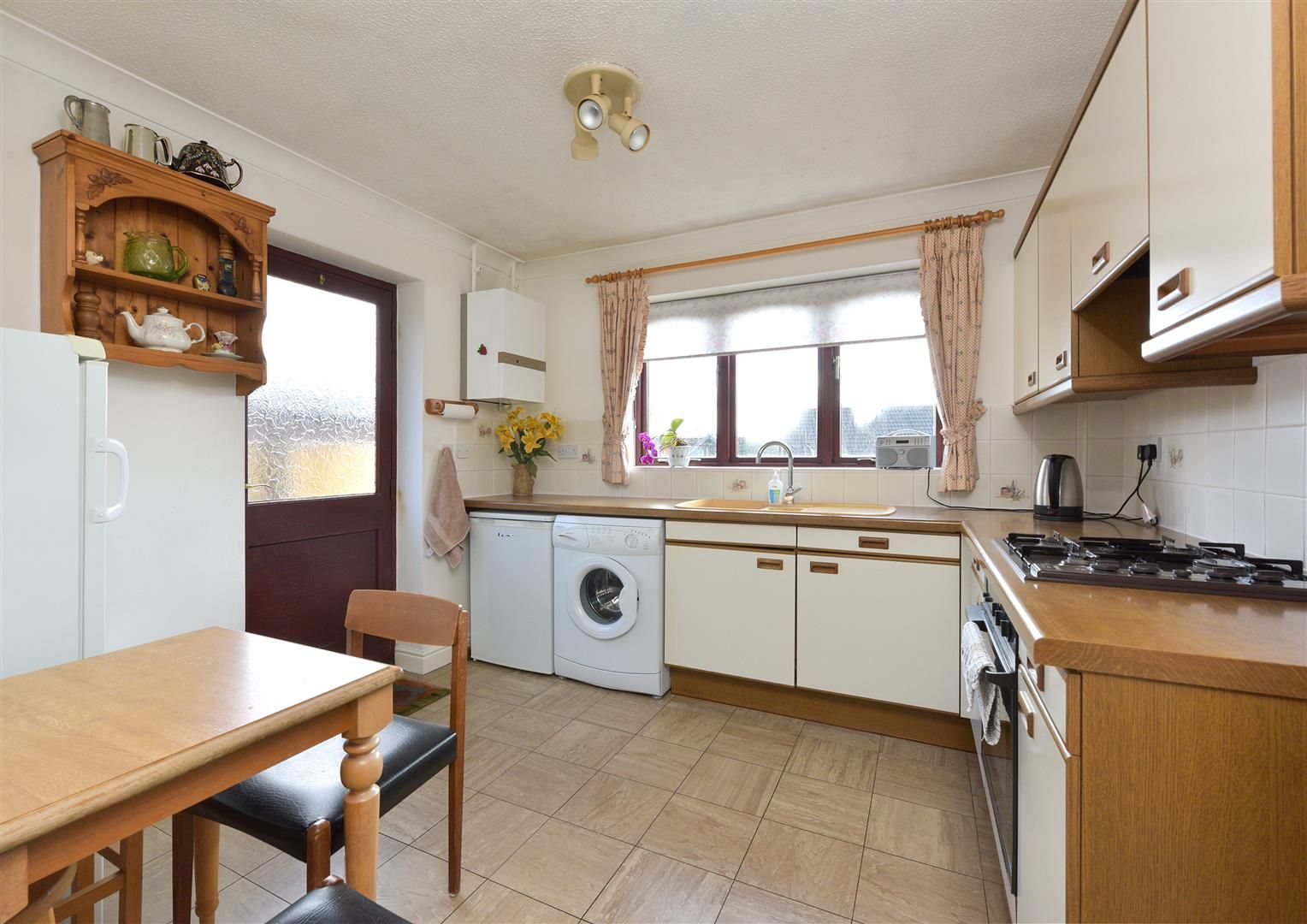 2 bed detached-bungalow for sale  - Property Image 2