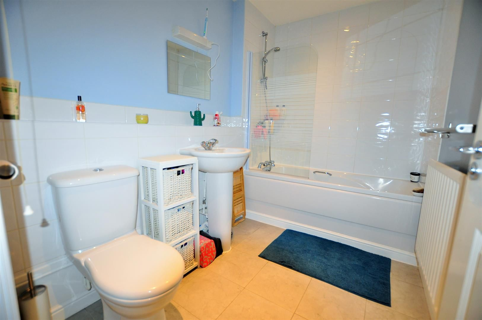 2 bed flat for sale  - Property Image 13