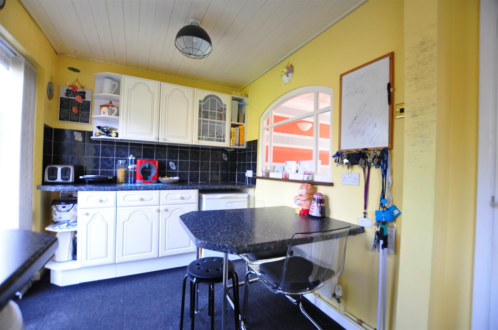 4 bed semi-detached for sale 8