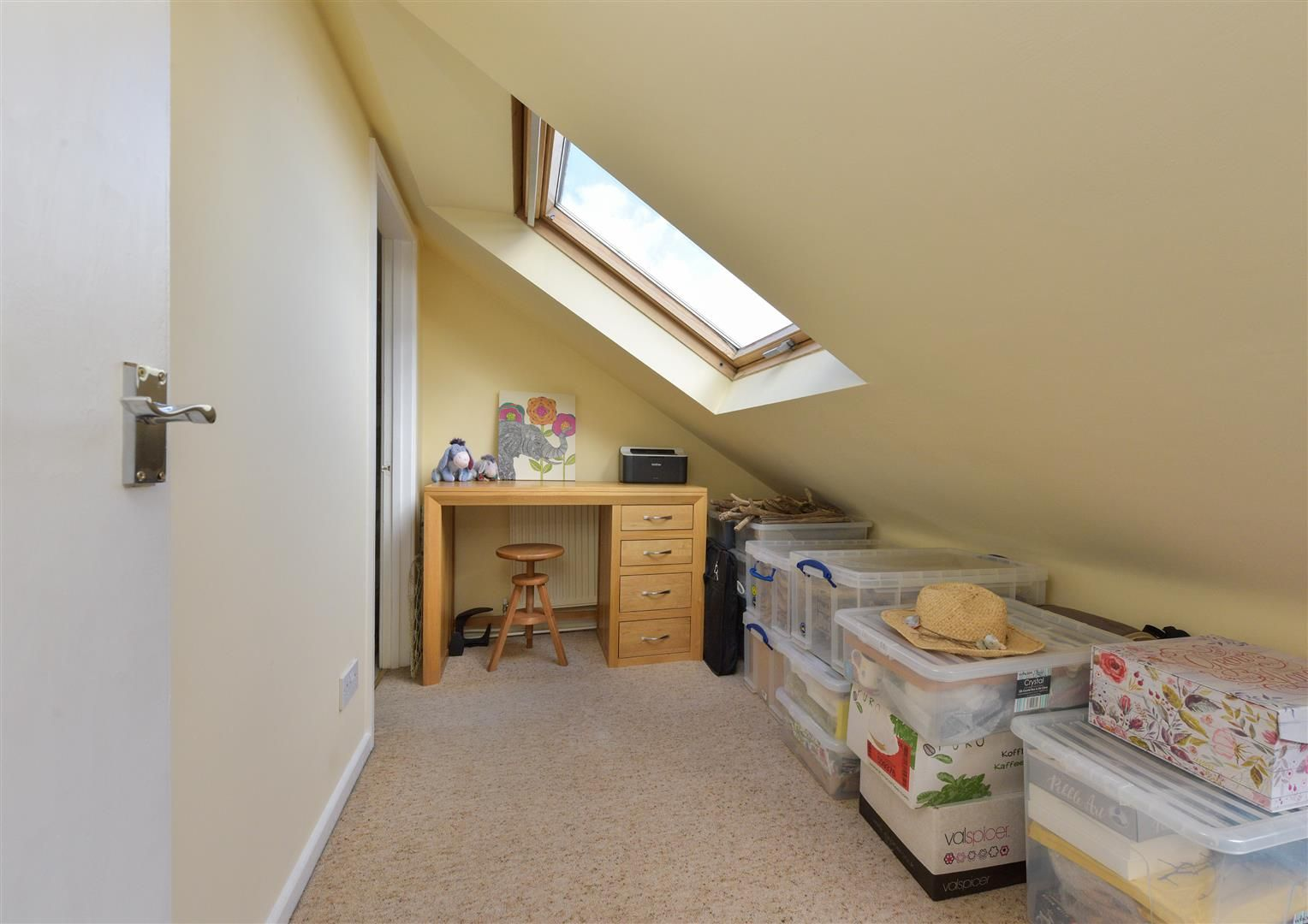 3 bed end-of-terrace for sale  - Property Image 16