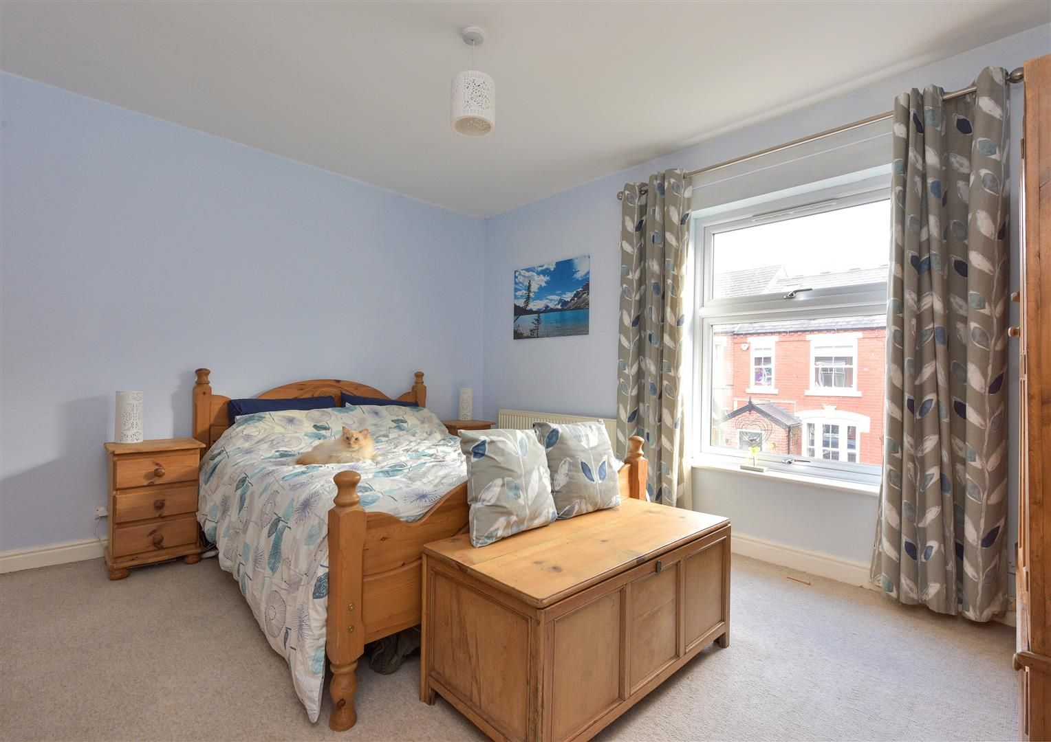 3 bed end-of-terrace for sale  - Property Image 9