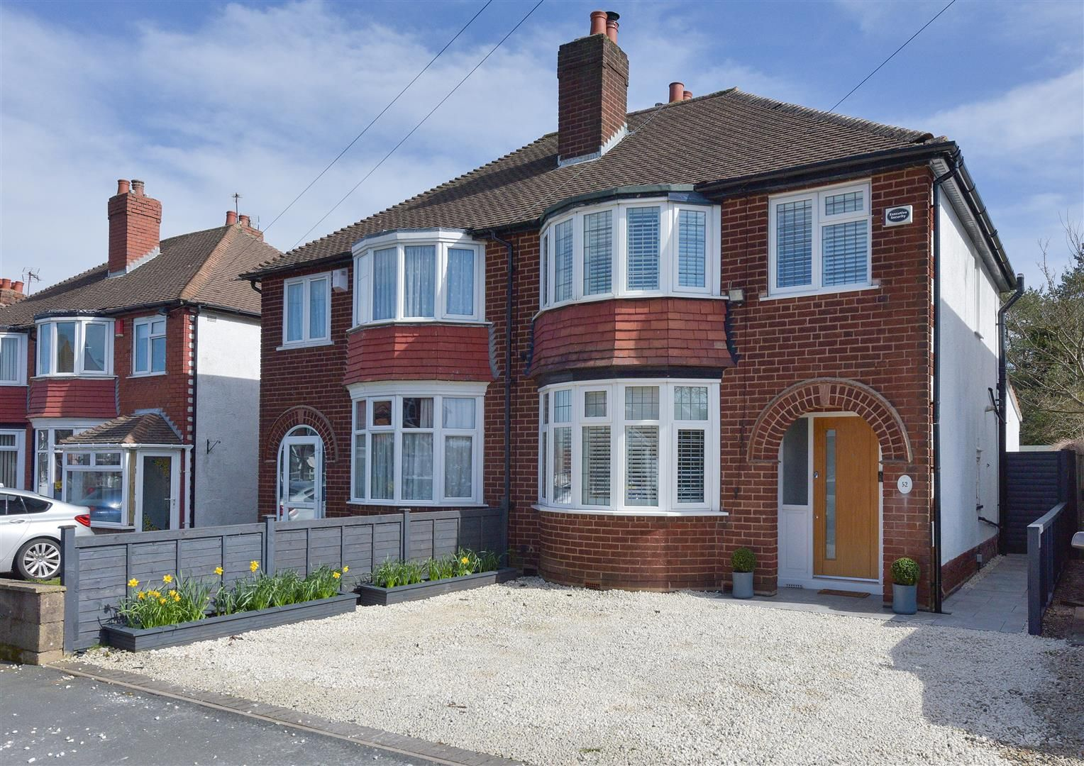 3 bed semi-detached for sale, B68