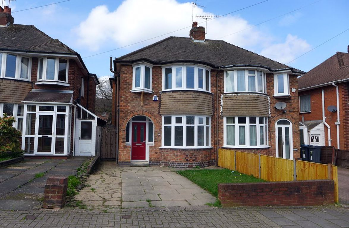 3 bed  to rent in Quinton, B32