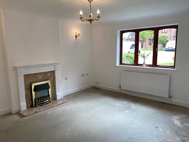 2 bed apartment for sale in Belbroughton 5