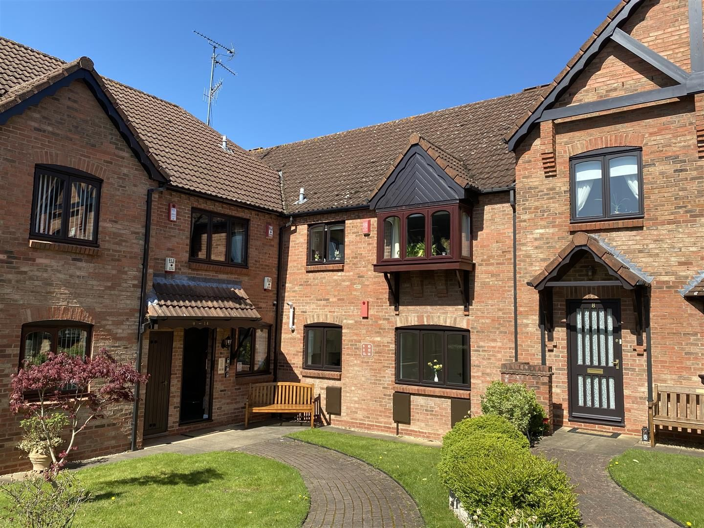 2 bed apartment for sale in Belbroughton 9