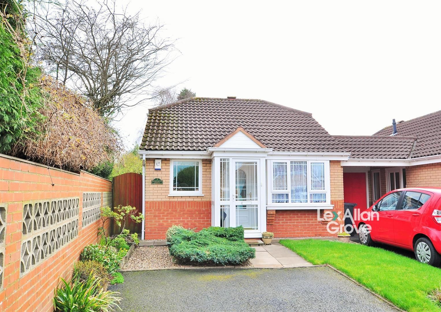 2 bed detached-bungalow for sale in Hurst Green 1
