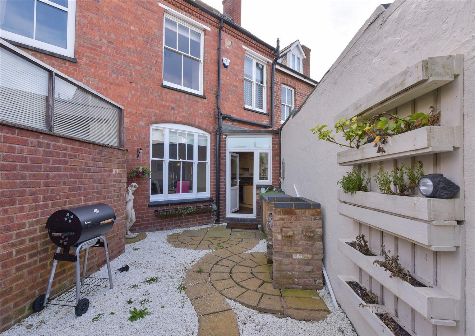 4 bed terraced for sale in Old Quarter 15