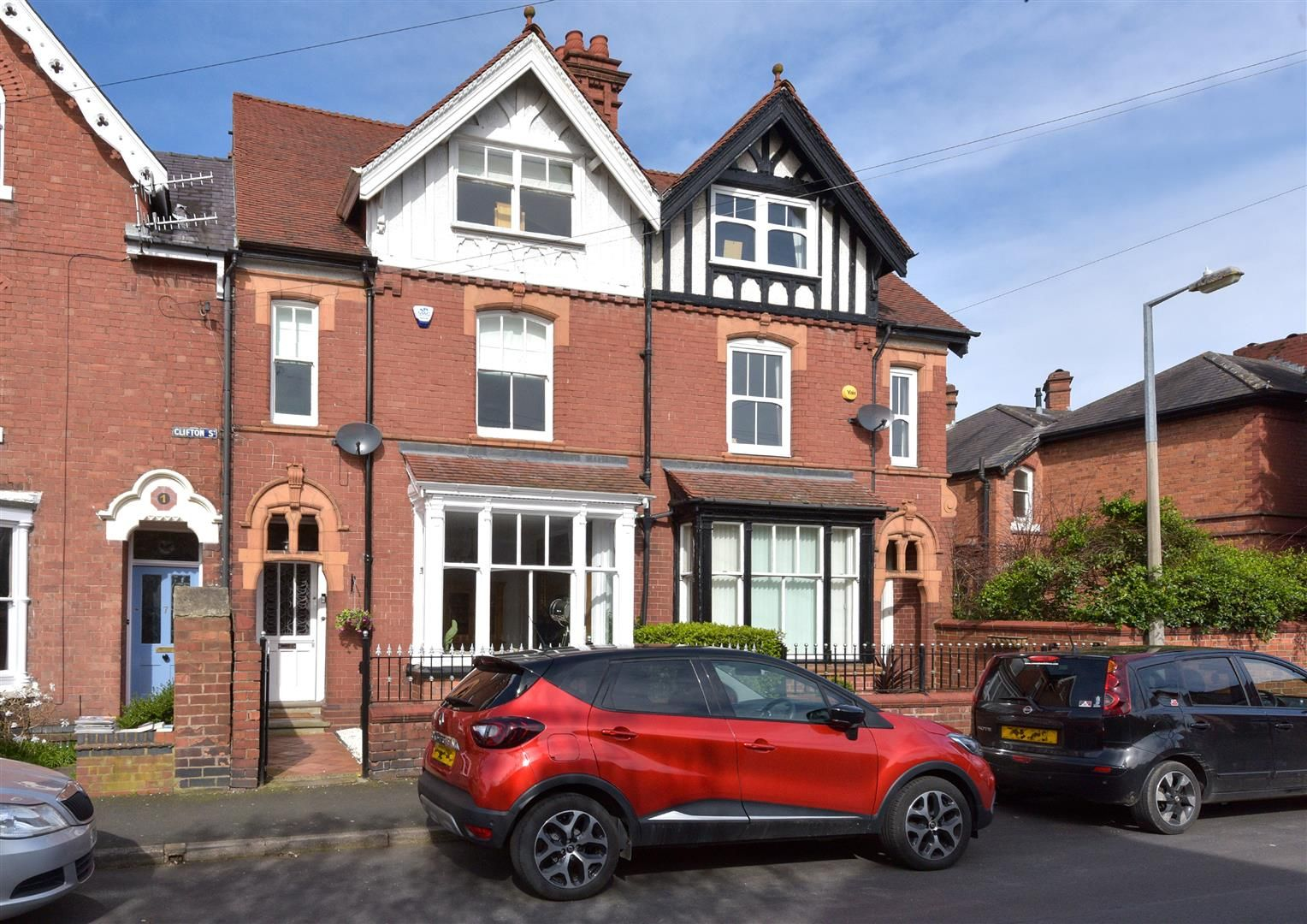 4 bed terraced for sale in Old Quarter 16