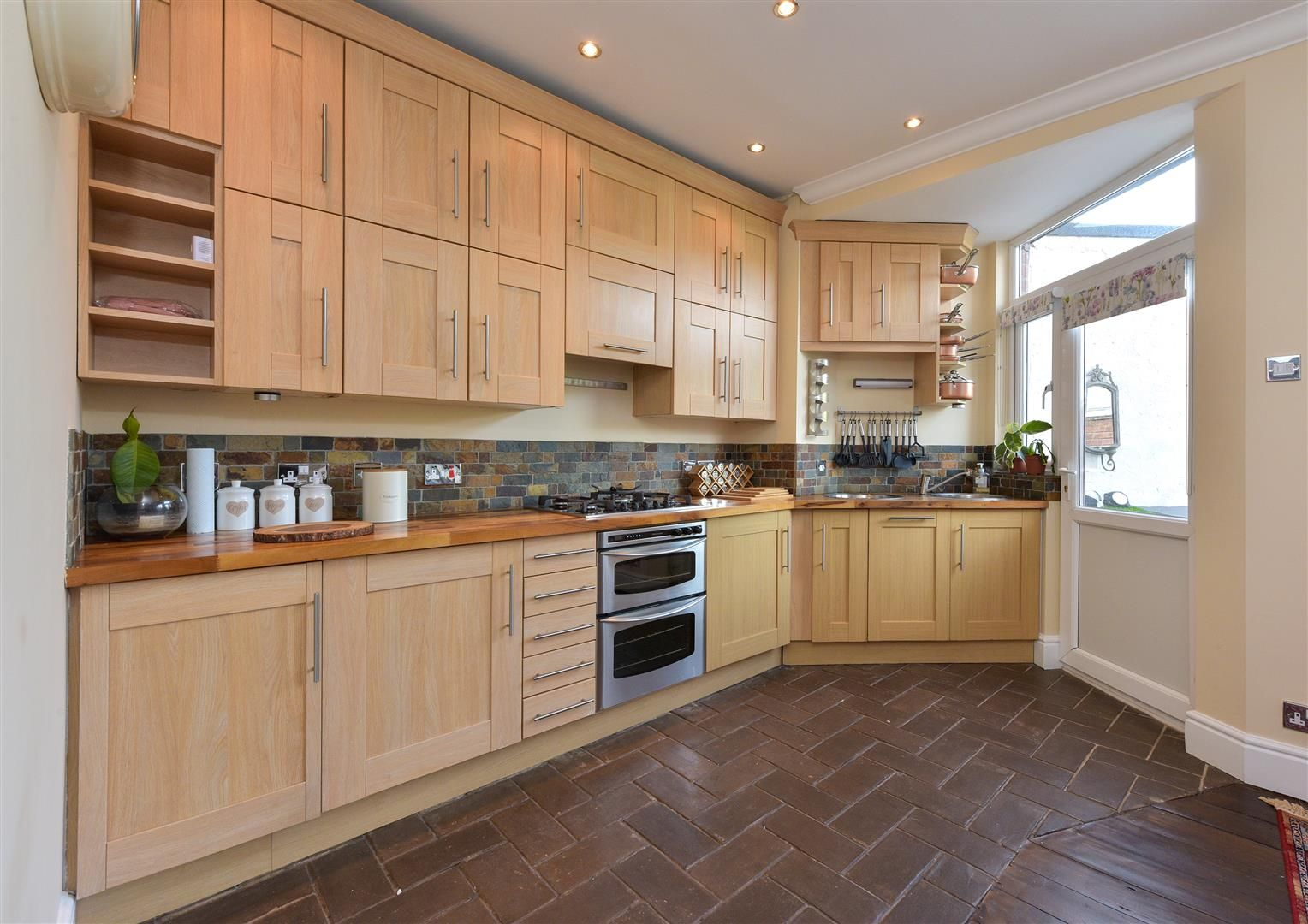 4 bed terraced for sale in Old Quarter  - Property Image 5