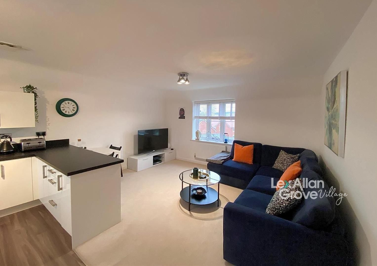 2 bed apartment for sale in Hagley, DY9