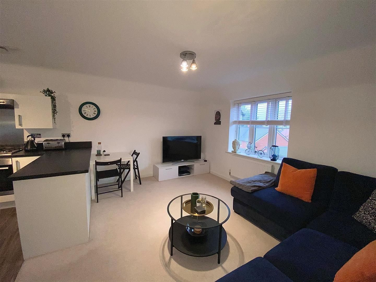 2 bed apartment for sale in Hagley  - Property Image 2