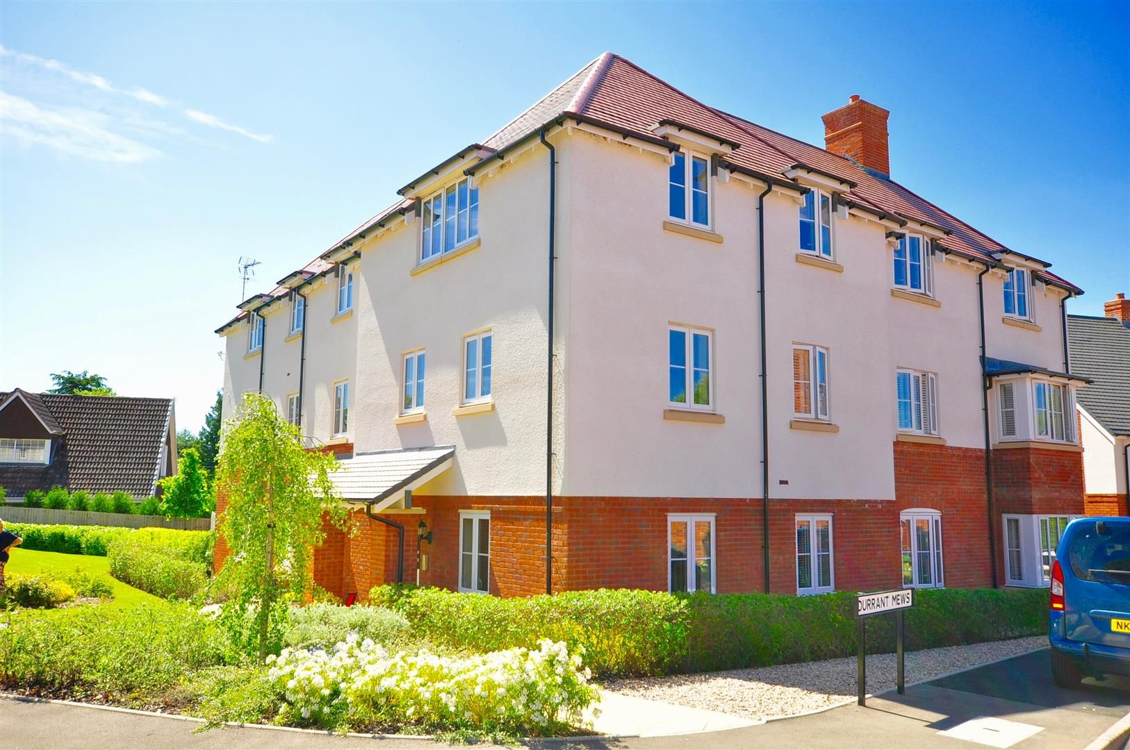 2 bed apartment for sale in Hagley 12