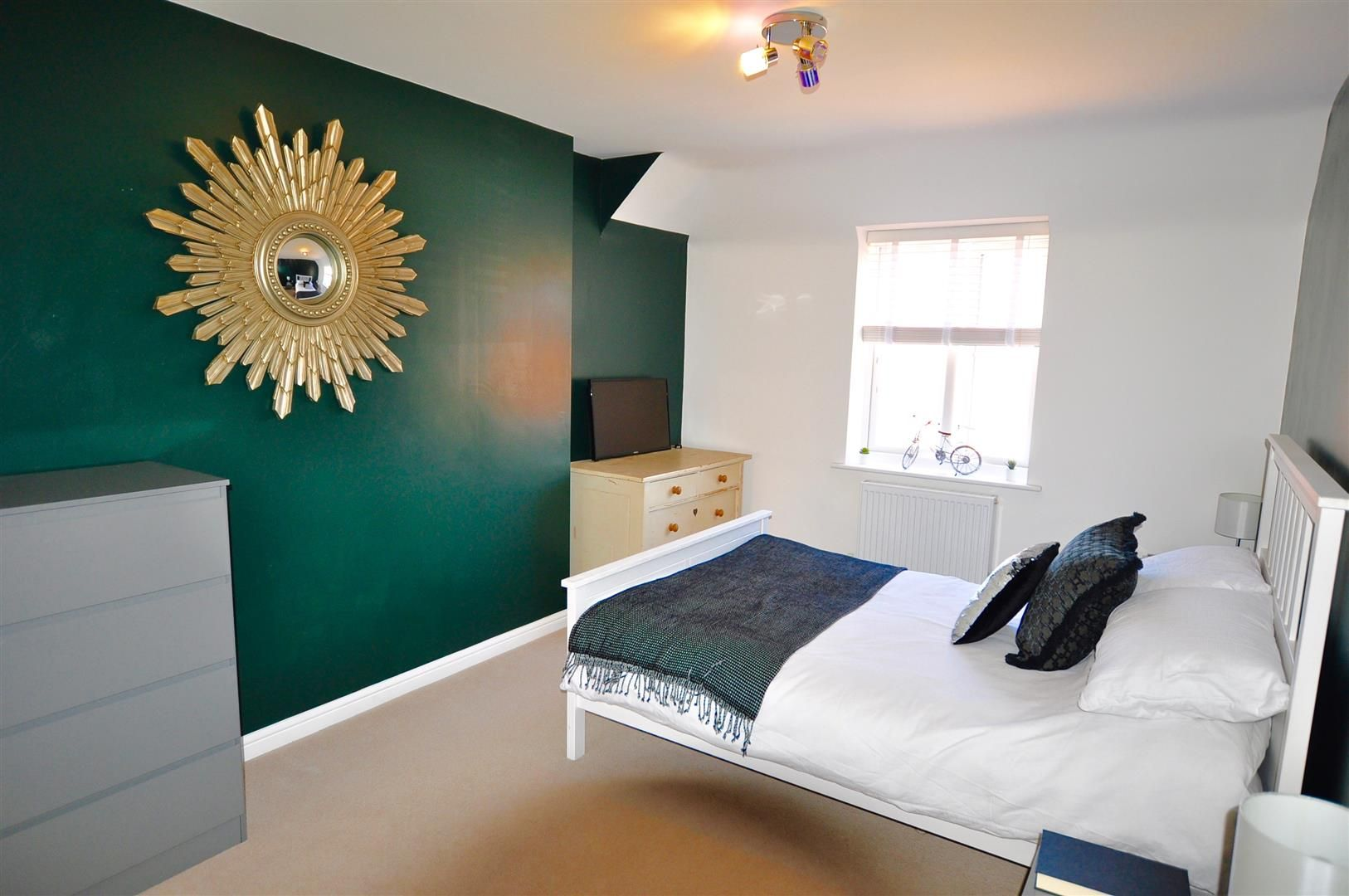 2 bed apartment for sale in Hagley 8
