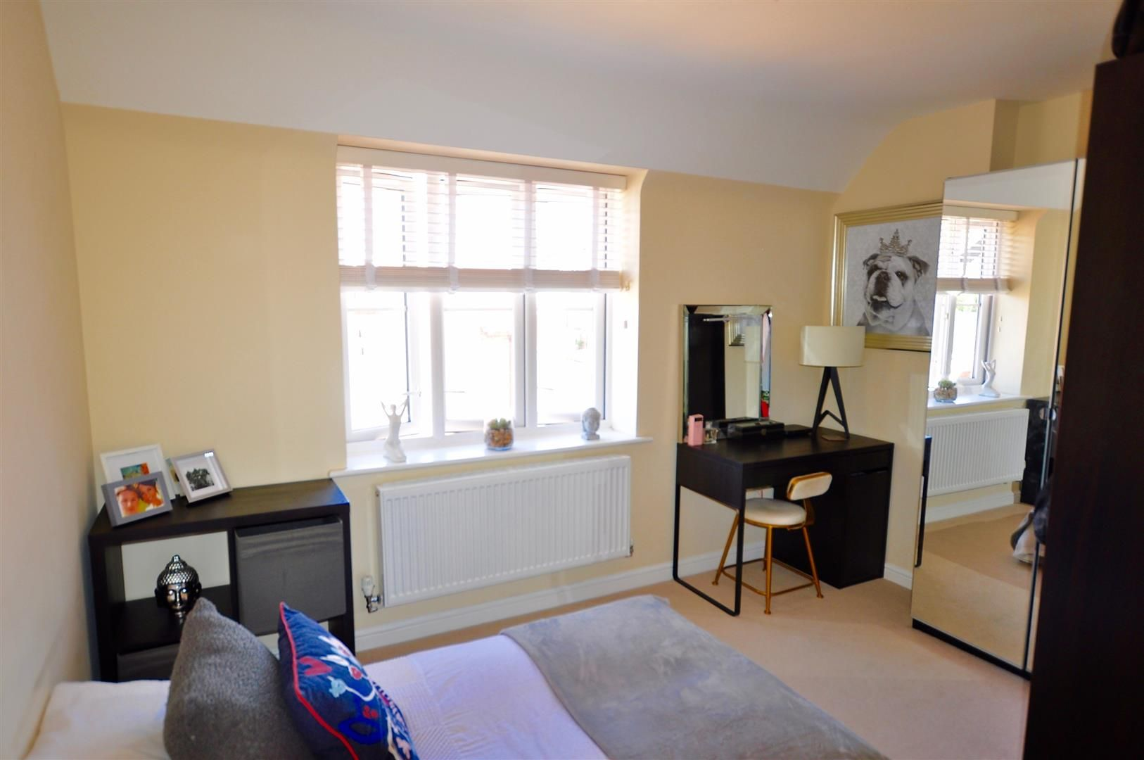 2 bed apartment for sale in Hagley 9