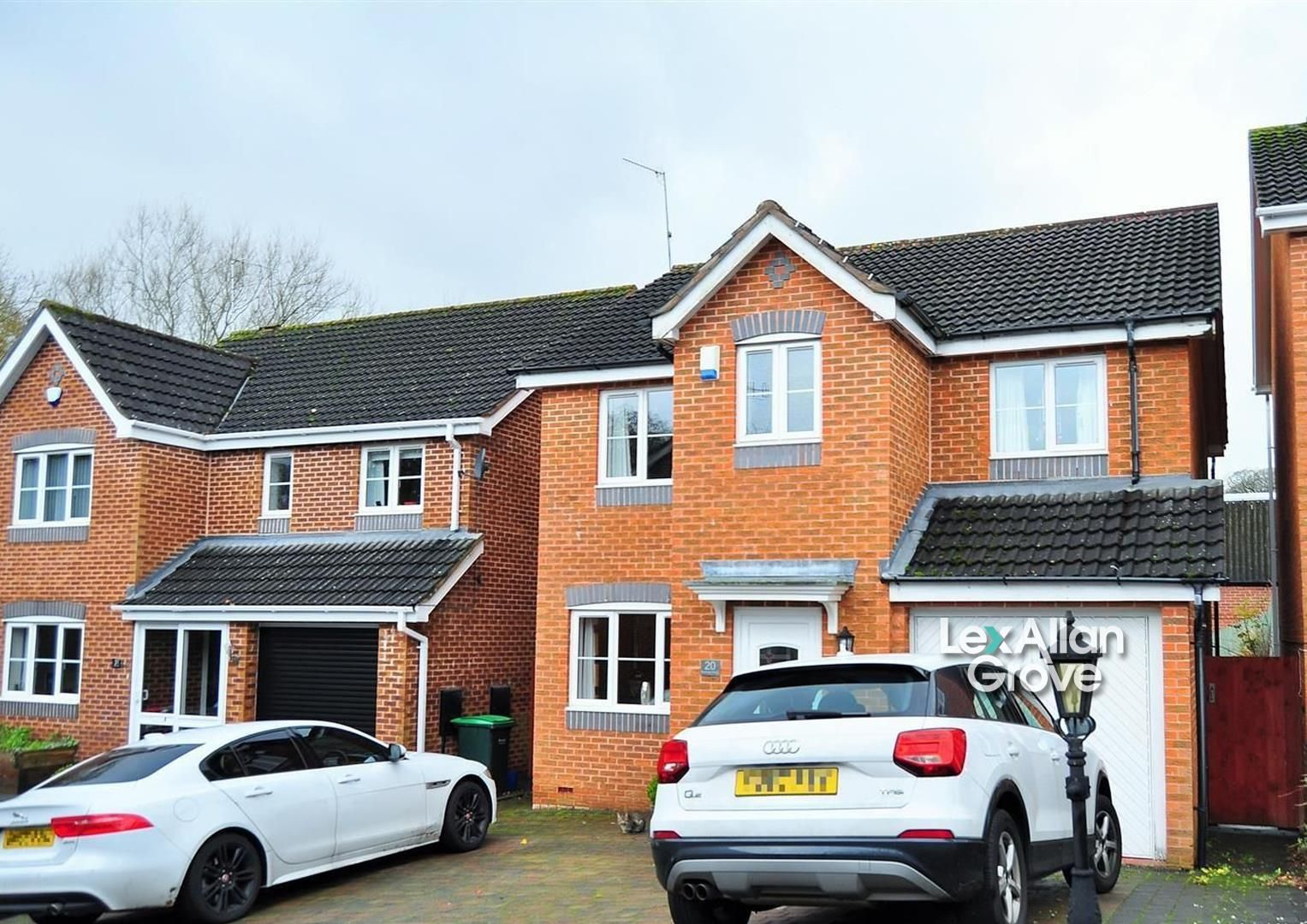 4 bed detached for sale 1