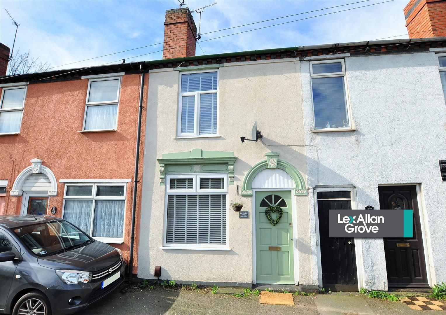 2 bed terraced for sale 22