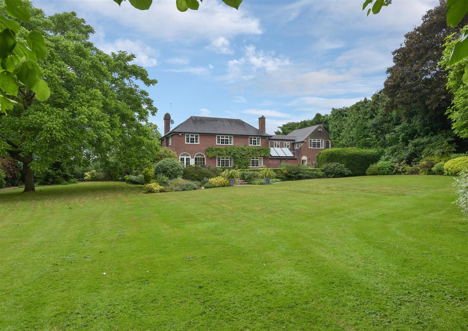 5 bed detached for sale  - Property Image 33
