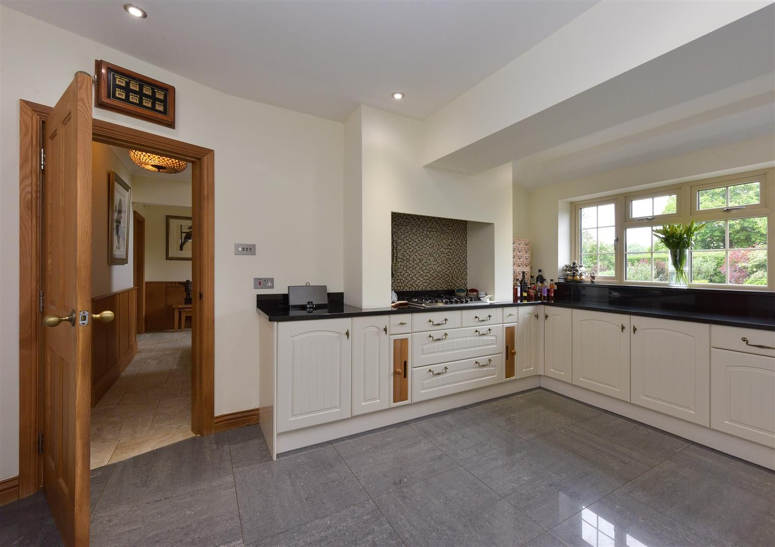 5 bed detached for sale  - Property Image 9