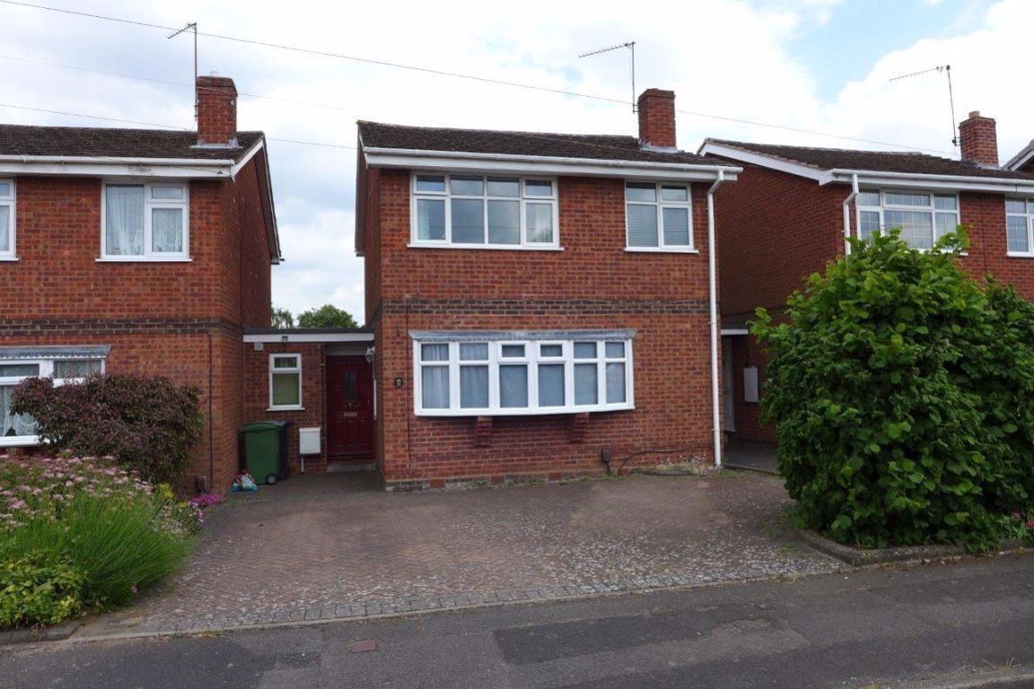 3 bed  to rent in Wollaston, DY8