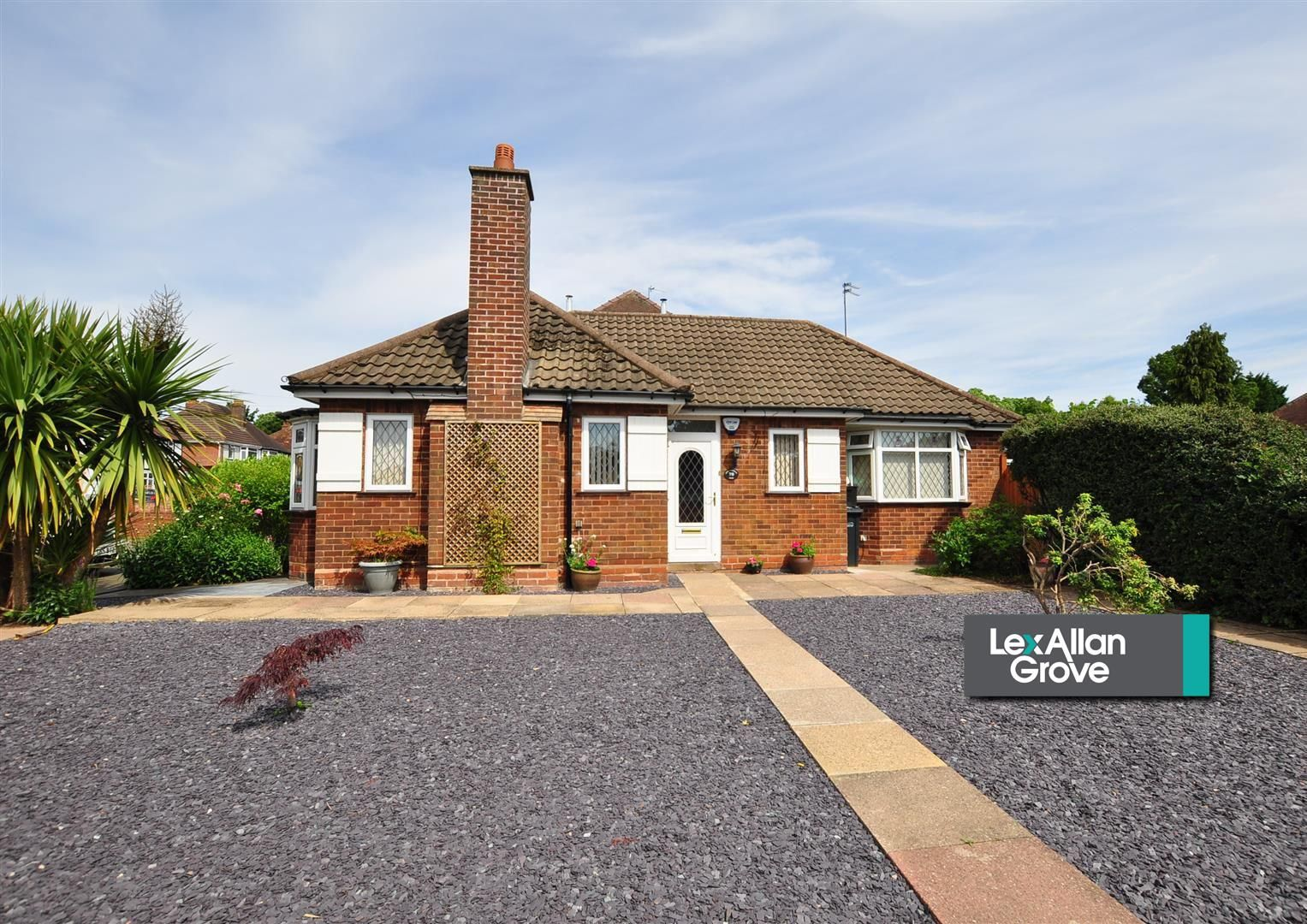 3 bed detached-bungalow for sale, B62