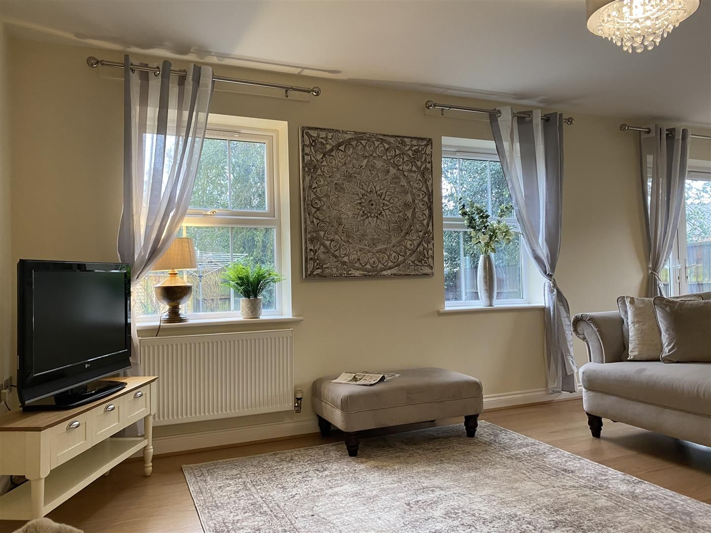4 bed detached for sale in Kinver 5