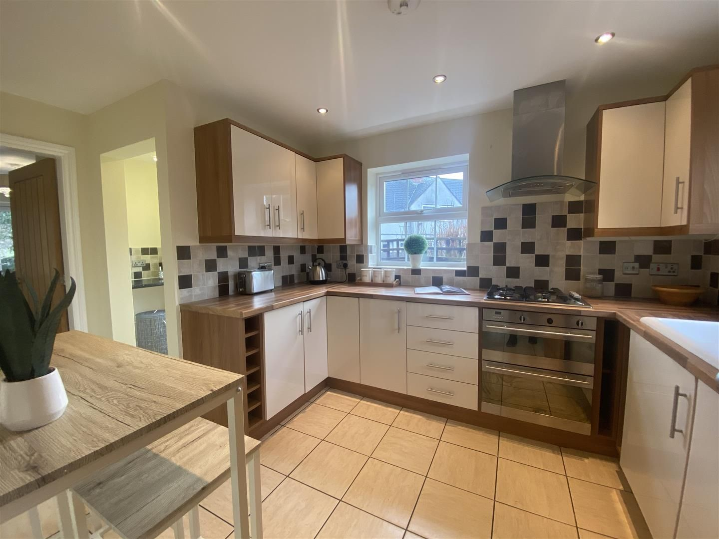 4 bed detached for sale in Kinver 8