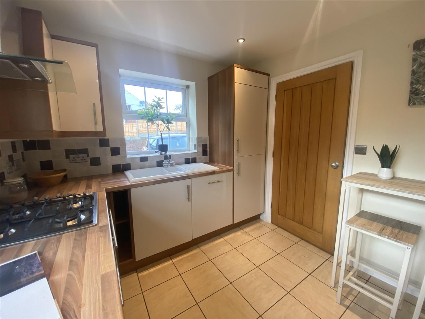 4 bed detached for sale in Kinver 10